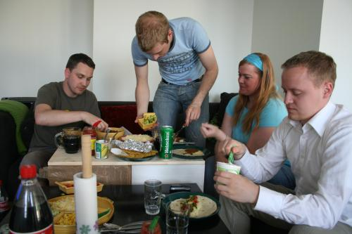 Lars, Peder, Tone and Dan eating tacos